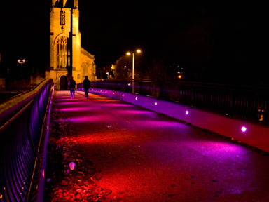 Low energy decorative bridge lighting